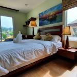 出售卡马拉三卧别墅,特价出售。详询请加微信PhuketZ007
